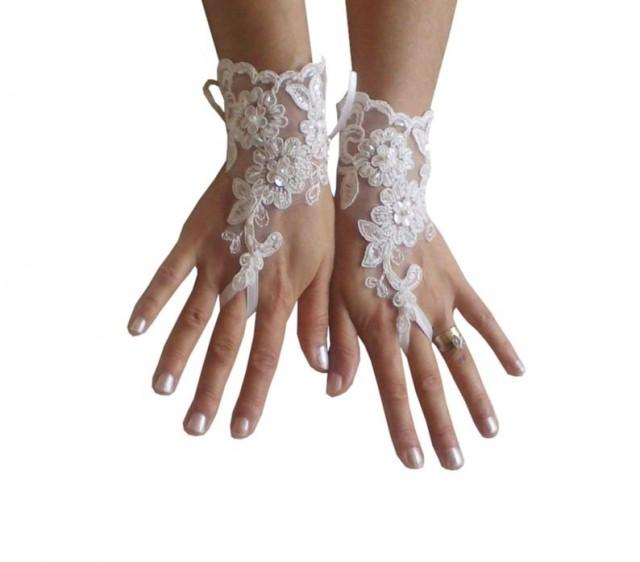 wedding photo - Ivory lace glove, bridal, wedding fingerless, french lace, gauntlets, guantes, floral, beaded, rustic, elegant, lace glove wedding, bride