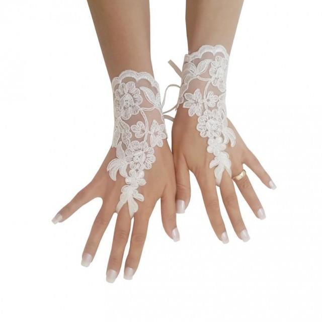 wedding photo - Ivory wedding glove free ship bridal wedding fingerless french lace lace wedding gloves gauntlets guantes rustic elegant 0028