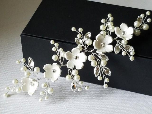 wedding photo - Bridal Hair Piece, Wedding Pearl Crystal Headpiece, Ivory Pearl Floral Hairpiece, Bridal Hair Jewelry, Wedding Wreath Flower Pearl Hairpiece