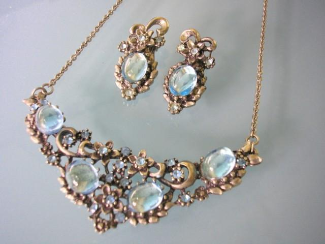 wedding photo - Vintage Turquoise Rhinestone Necklace And Earrings Set