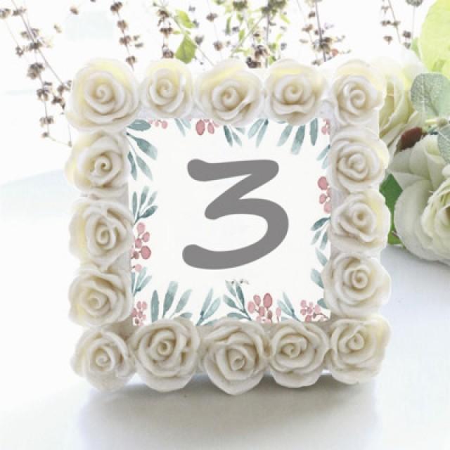 wedding photo - 原创圆形装饰品创意INS小相架席位卡活动餐桌小布置婚礼摆台SZ009-淘宝网