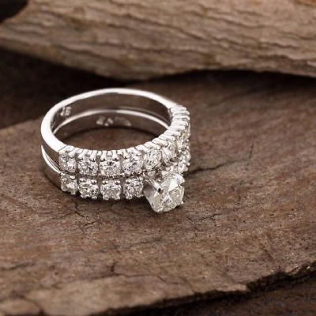 wedding photo - 1 ct Moissanite Wedding Ring