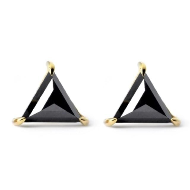 wedding photo - Black Diamond Triangle Stud Earrings 0.80 Carat For Unisex
