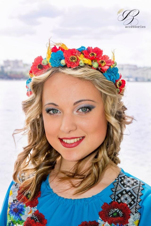 Rustic wedding Flower crown Red Blue Yellow Bridal headband Hair piece Floral crown Boho Woodland Halo headpiece Bridesmaid Flower girl