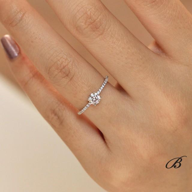 Round Shaped Minimal Solitaire Ring Brilliant Cut Diamond Simulant Minimalist Ring Minimalist Band Ring Minimal Delicate Band [3854]