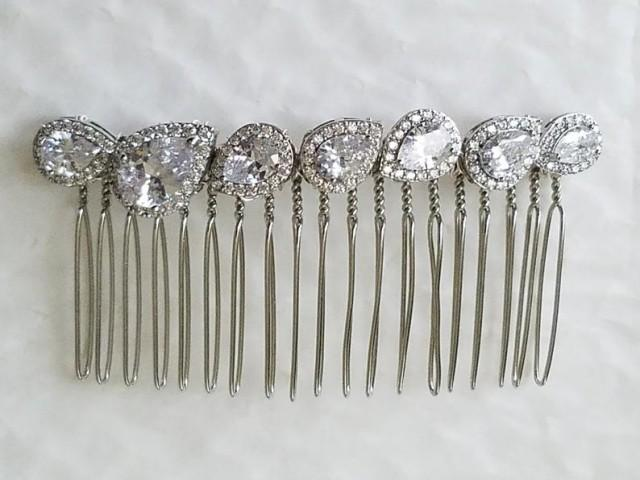 wedding photo - Crystal Bridal Hair Comb, Wedding Cubic Zirconia Hair Piece, Vintage Style Dainty Hairpiece, Bridal Hair Jewelry Sparkly Hair Comb Prom Comb