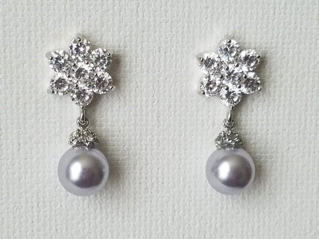 wedding photo - Pastel Lavender Pearl Bridal Earrings, Wedding Lilac Pearl Earrings, Swarovski Lavender Pearl Drop Earrings, Lilac Silver Flower Earrings