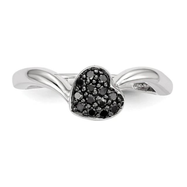 wedding photo - Beautiful 0.50 Ct Black Diamond Heart Ring