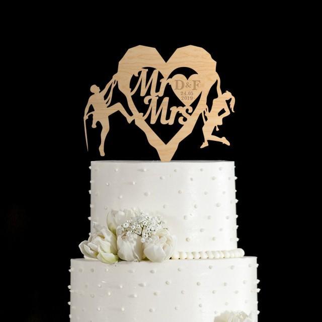 Rock Climbing wedding cake topper,mountain Climbing wedding,rock climbers wedding cake topper,Mountain cake topper,Travel cake topper,125