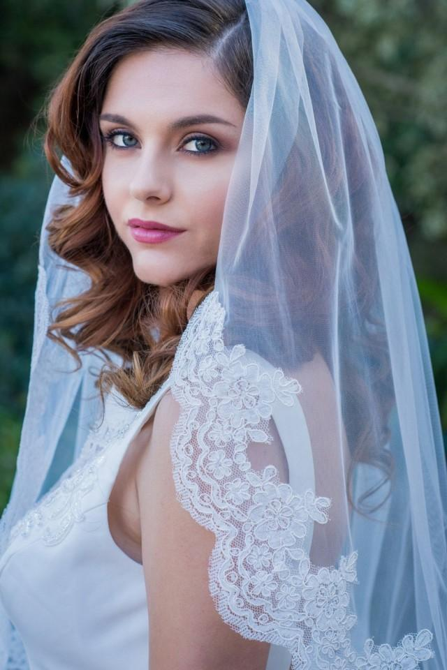 wedding photo - Lace Edge Veil