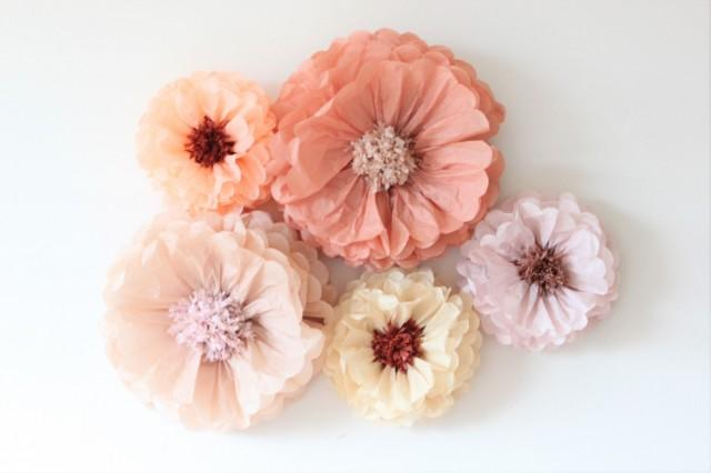 Amazing flower backdrop wall. Oversized and large size paper flowers 5 pieces. Wedding centerpiece. Breathtaking wall decor. Tissue blooms.