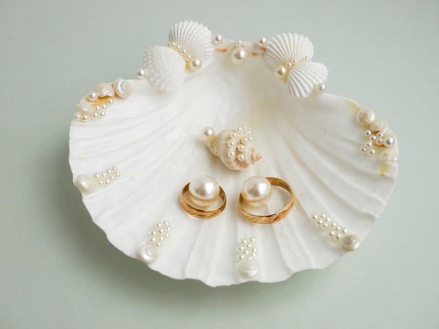 Shell ring holder, Wedding Ring Holder, Seashell