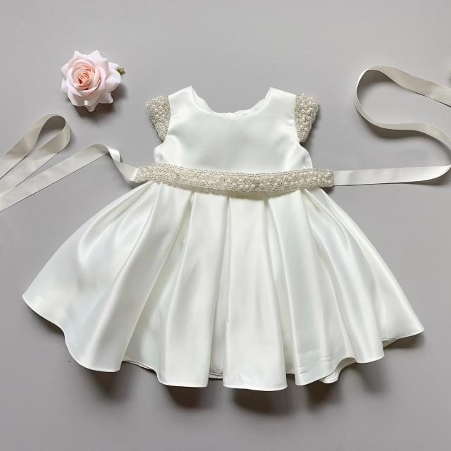 Top quality Baby/Girls Dull Satin dress with a detachable pearl sash!