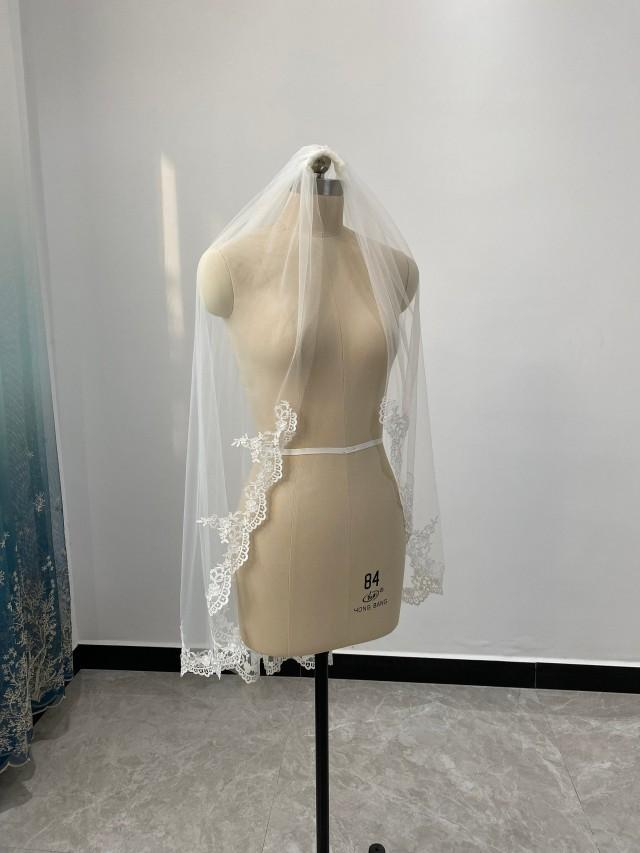 Fingertip Length Lace Wedding Veil Lace Edge Veil White Or Ivory Tulle One Layer Veil Cathedral Length Veil Lace Bridal Veil
