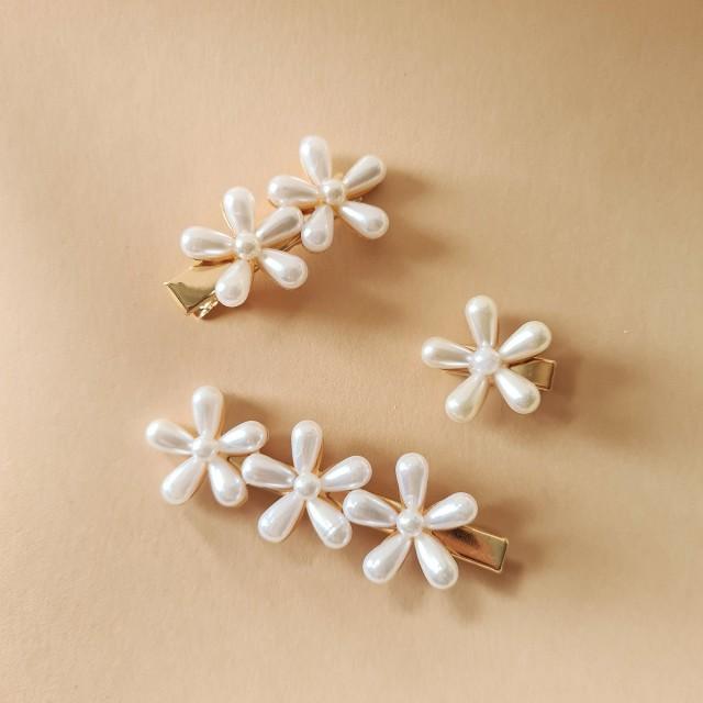 Pearl flower bridal hair accessory hair clip wedding brides bridesmaids hair gift