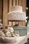 Color Theory: Using White on Wedding Cakes