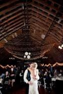 44 Romantic Barn Wedding Lights Ideas