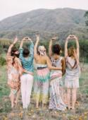 Bohemian bridesmaid inspiration - Wedding Sparrow