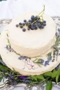 29 Delicious Vineyard Wedding Cakes And Cheese Towers