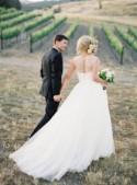 37 Romantic And Elegant Vineyard Wedding Dresses