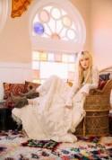 70s-Inspired Bridal Fashion Inspiration