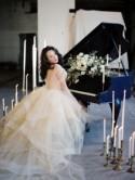 Navy & Gold Wedding Ideas - Wedding Sparrow