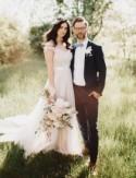 Rustic Pennsylvania Barn Wedding: Veronica + Justin
