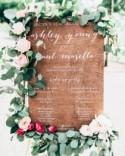 10 Amazing Signs You'll Want At Your Wedding