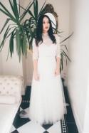 Glamorous Gothic Wedding Shoot With Luxurious Details - Weddingomania