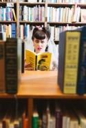 This retro wedding inspiration is for bookstore lovers