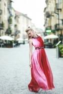 Elegant dress/Wedding dress/Nuno felt/Alternative Bride/Evening dress nuanced:light pink to ruby red/Naked back/Gradient color/Greek dress
