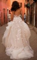 Cheap Wedding Dresses A-line Halter Backless Brush Train Tulle Long Bridal Gown JKW178