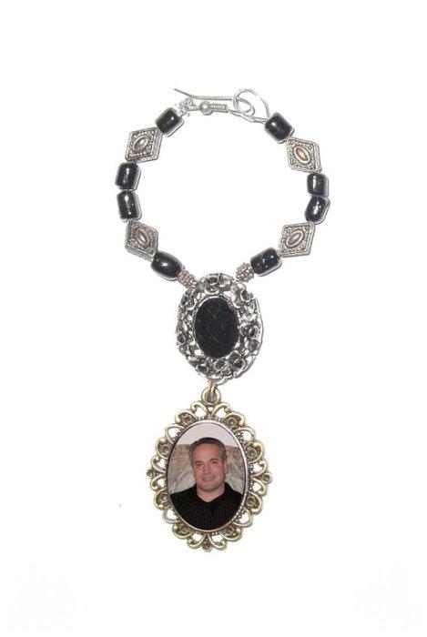 Свадьба - Wedding Bouquet Memorial Photo Oval Silver Bronze Metal Charm Black Gems Glass Beads - FREE SHIPPING