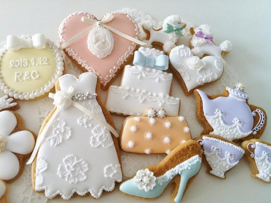 Food amp favor wedding cookies 1929983 weddbook