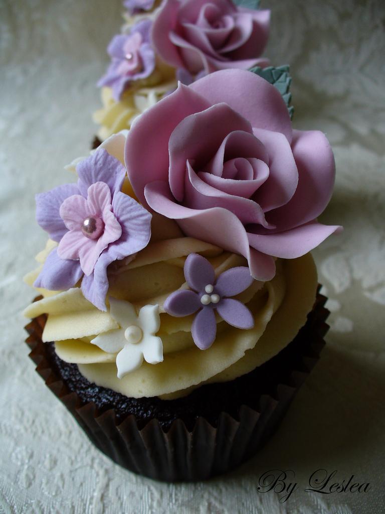 Wedding - Rose Cupcake - Vintage style