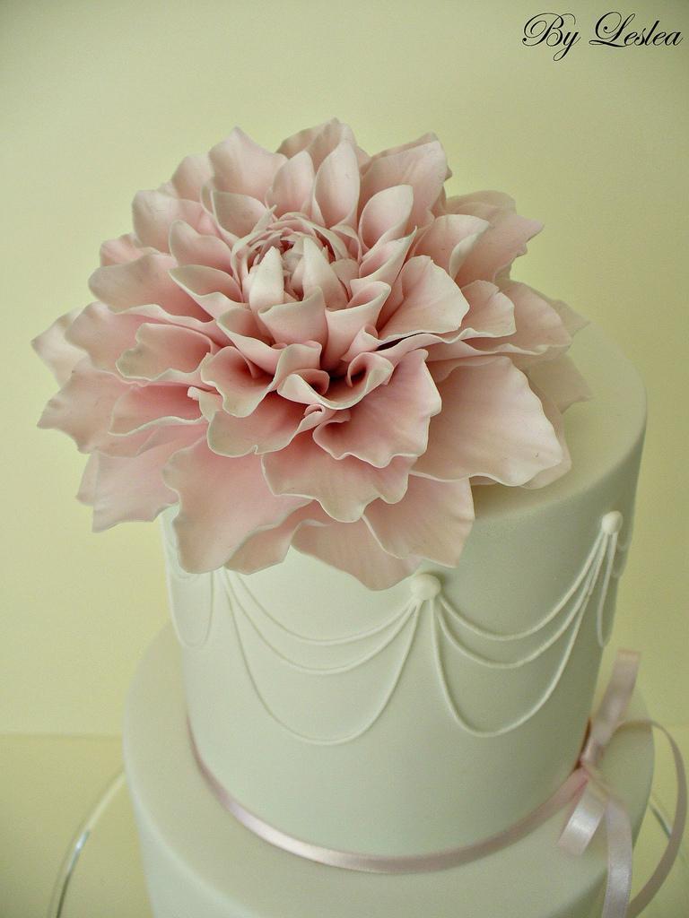زفاف - Pink dahlia