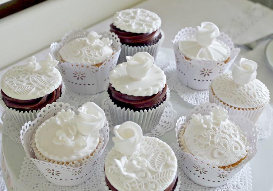 زفاف - Consultation cuppies using cake lace