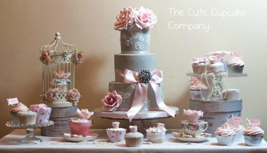 Dove Grey And Pink Wedding Cake Table