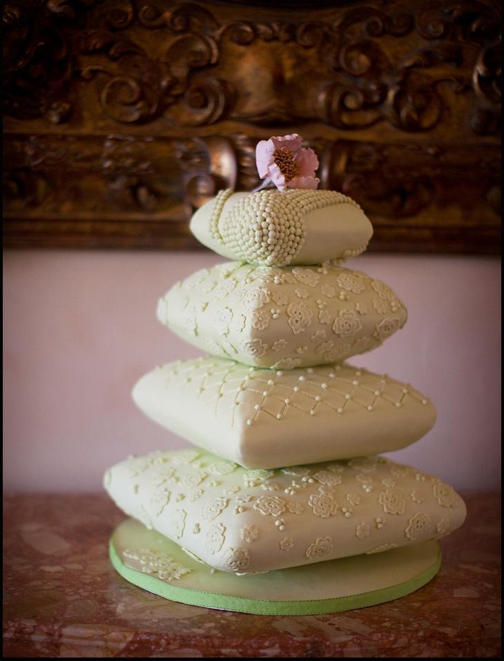 Mariage - Mint green cushion cake