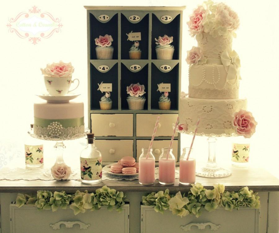 Wedding - Vintage Country Garden dessert table