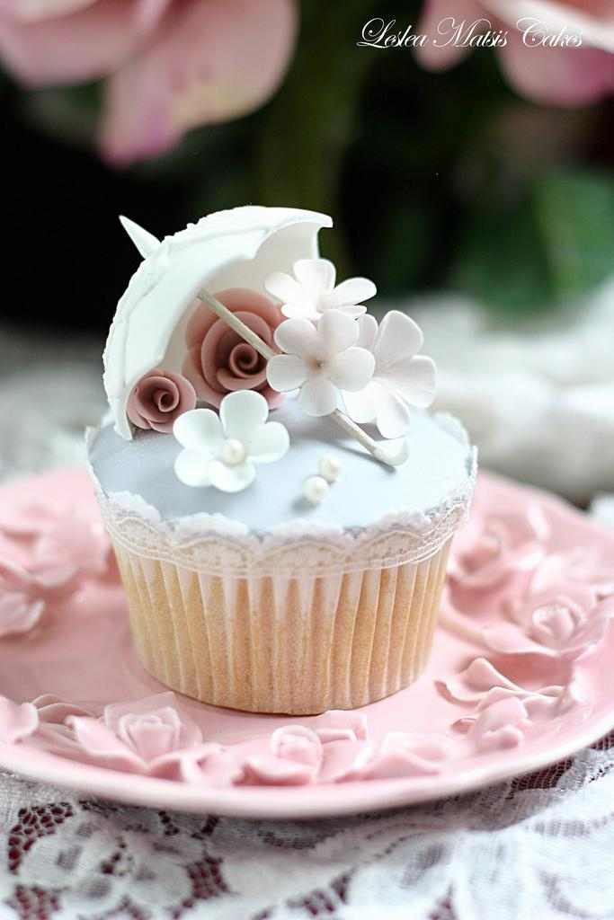 Hochzeits Cupcakes Vintage Parasol Cupcake 1931498 Weddbook