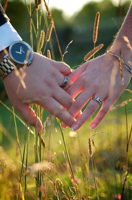 Wedding - Wedding hands
