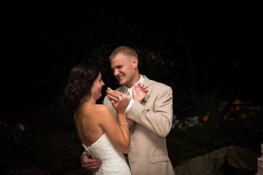 Hochzeit - Canon 6D Like us on FB