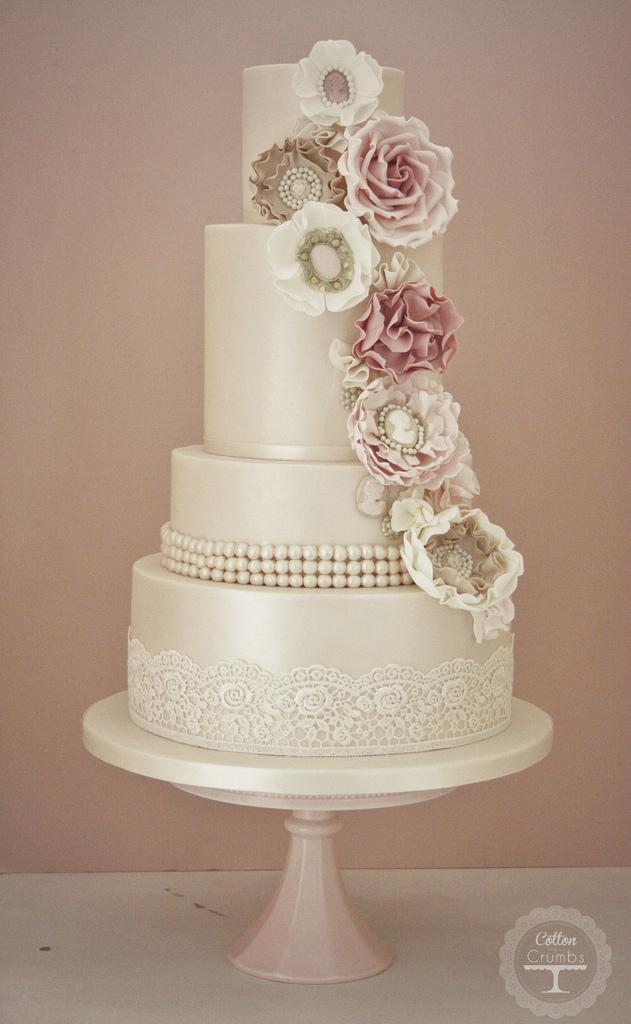 wedding cakes cameo corsage wedding cake 1958902 weddbook. Black Bedroom Furniture Sets. Home Design Ideas