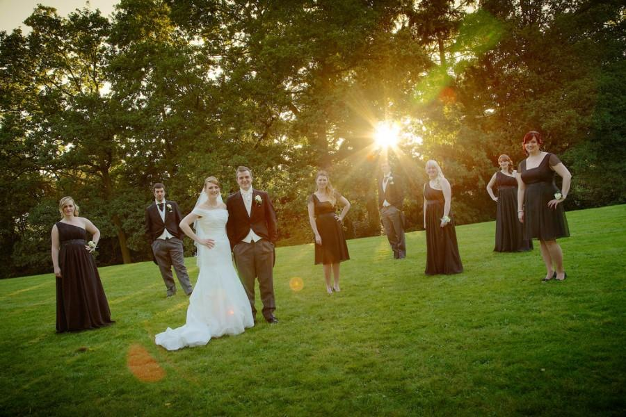 زفاف - Love Shine a Light