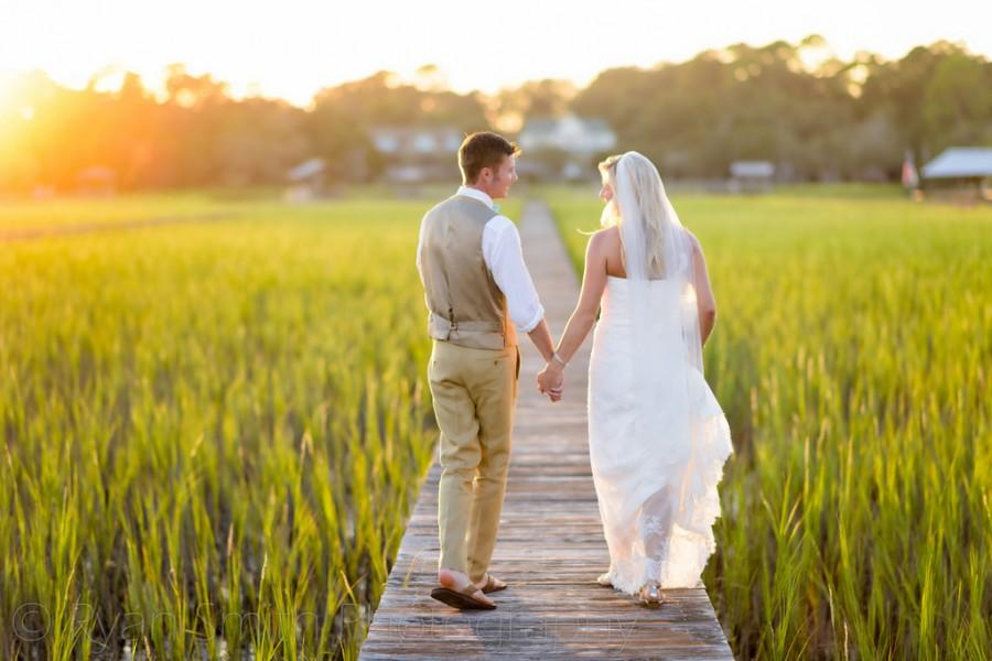 Свадьба - Walking into the sunset