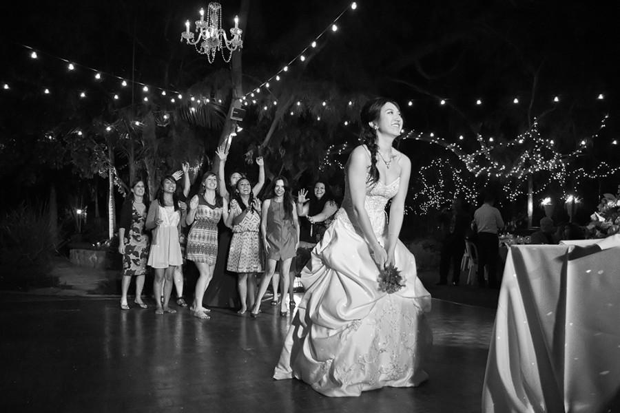 Свадьба - Bouquet Toss