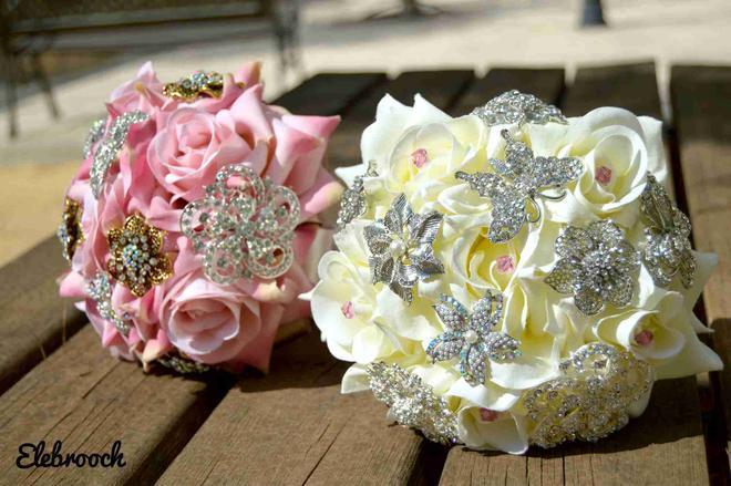 Hochzeit - Elebrooch, ramos de novia. Ramo de broches low cost. Brooch bouquet