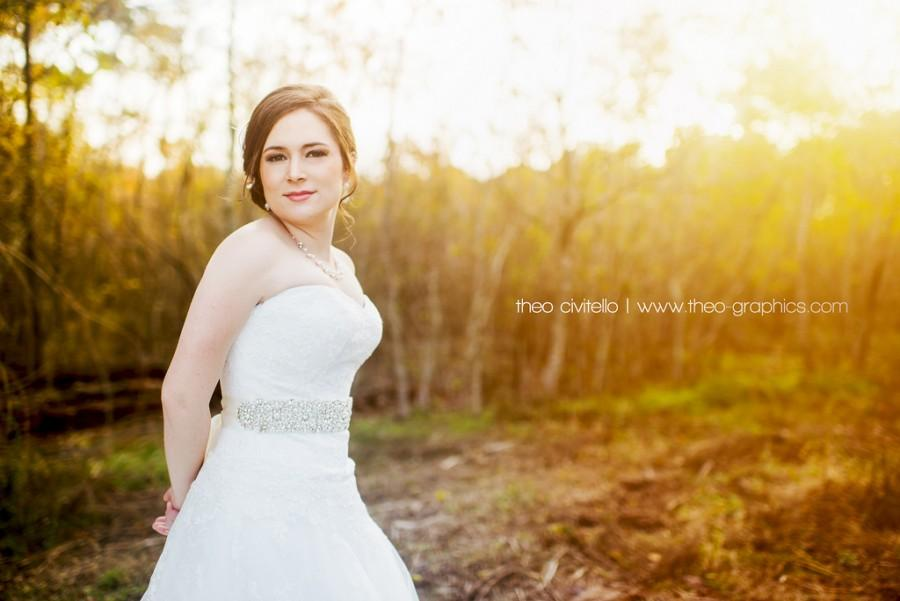 Mariage - Wintry Sunset Bridal at Tuscan Courtyard, Houston, Texas