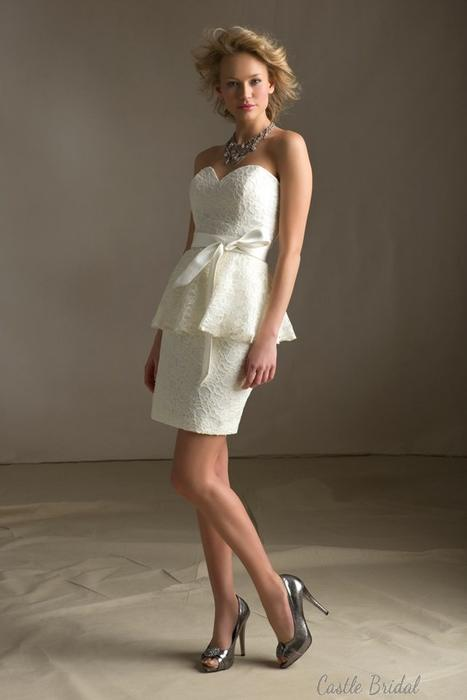 Wedding - Sweetheart Neckline Peplum Lace Short Prom Dress